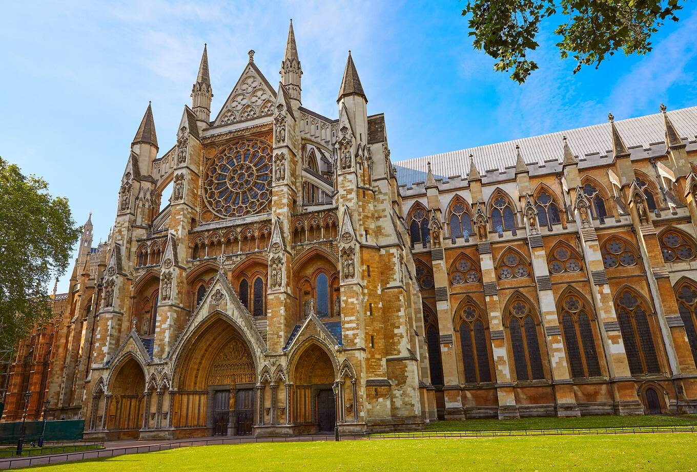 Who is buried at Westminster Abbey