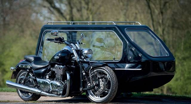 Motorcycle with hearse sidecar